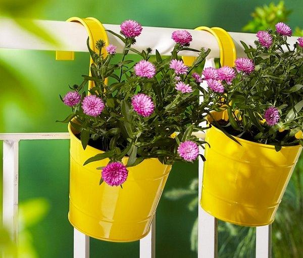 11  balcony planter ideas  1  mini. Patio and Balcony Planter Ideas
