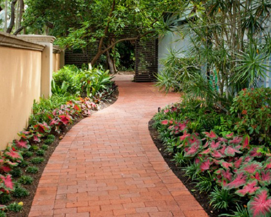 Beau These Warm Colored Bricks Are Arranged In Different Orders, Styling The  Walkway Beautifully And Complimenting The Color Of Wall.