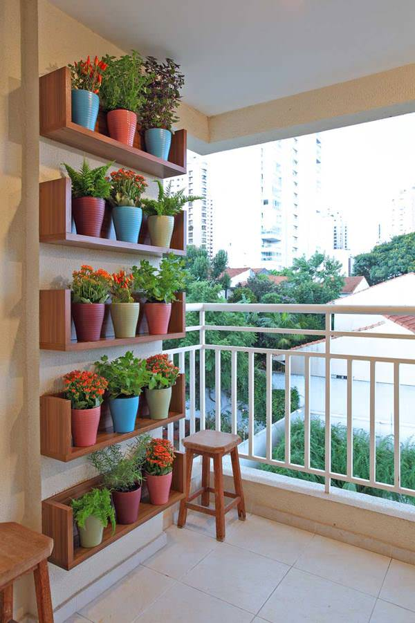 8 apartment balcony garden decorating ideas you must look for Apartment balcony decoration
