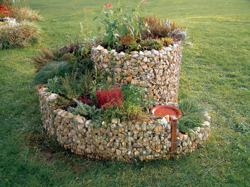 Herb Spirals Stone Can Also Be Bought. The Trend Gabions, Ie Stones In Metal
