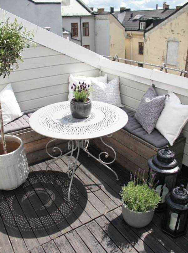 Small Balcony 2
