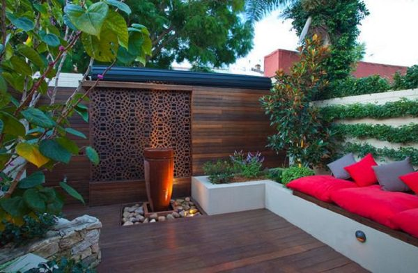 Donu0027t Forget To Add A Focal Point On Your Urban Terrace Garden. Place  Something To Allure The Eyes. Adding The Water Element, Through The  Insertion Of A ...