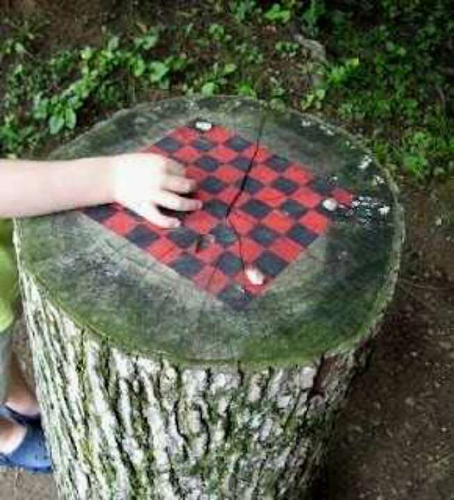 Make Board Games For Kids. Tree Stump Game