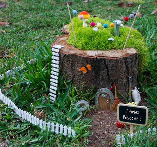 Exceptional Tree Stump Ideas Part - 1: Fantasize, Imagine And Experiment To Design A Tree Stump Fairy Garden. If  You Have Children Take Help Of Them, Ask Them What To Do With It. Theyu0027ll  Love It.