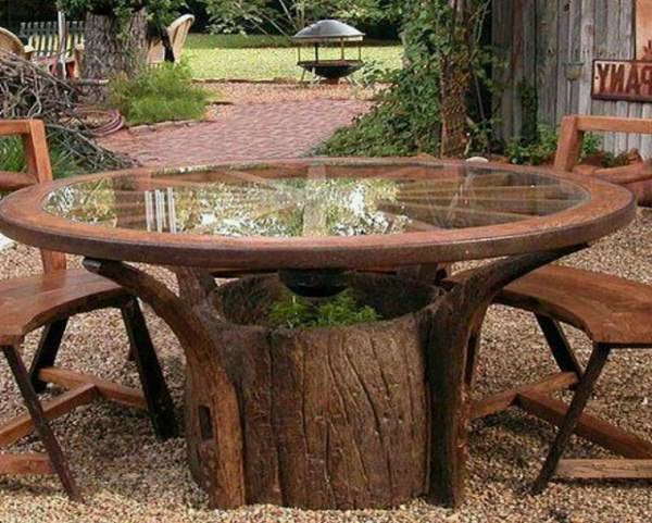 An Excellent Option Is To Use Tree Stumps To Make Garden Furniture. They  Can Be Stools Or Chairs. Carve Out Their Shape In A Style Just The Way You  Want.