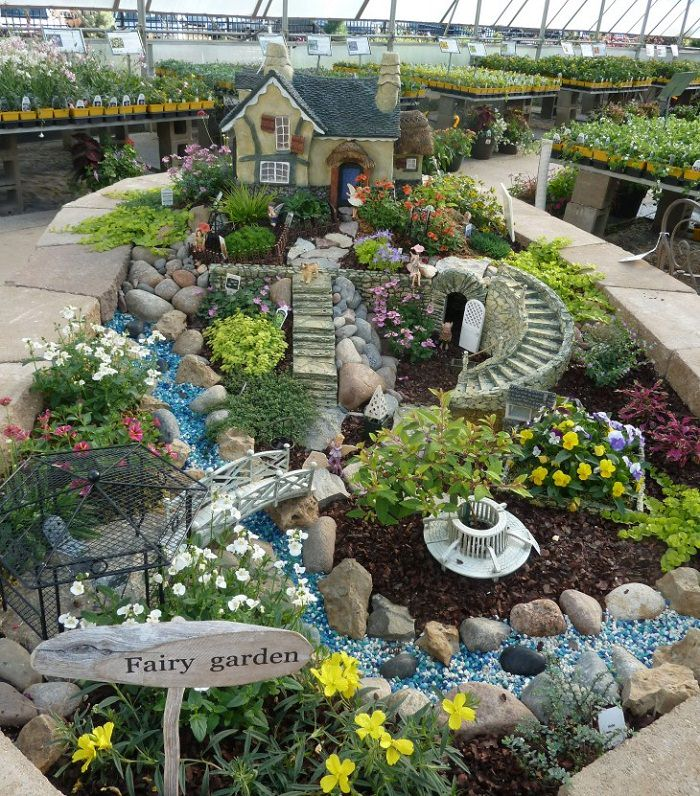 Charmant Miniature Garden With A Little House. DIY Fairy Garden Ideas