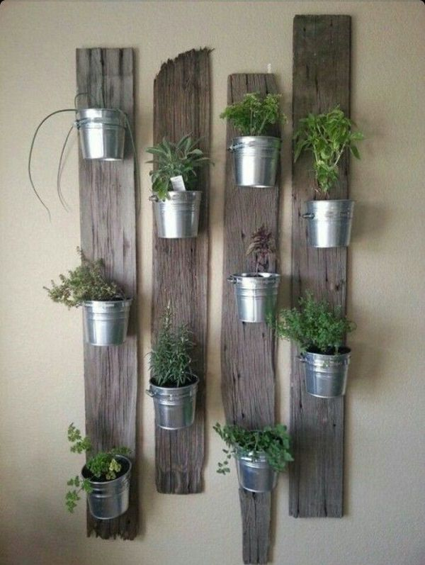 Vertical Pot Holder From Pallet Planks