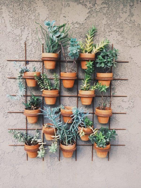 15 brilliant diy vertical indoor garden ideas to help you create iron grid pot holder workwithnaturefo