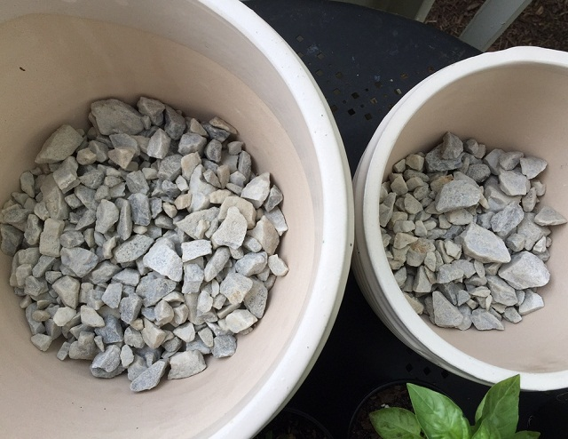 Why you should not add gravels to pots busting an old myth with proofs and evidences balcony - Why you should cook clay pots ...