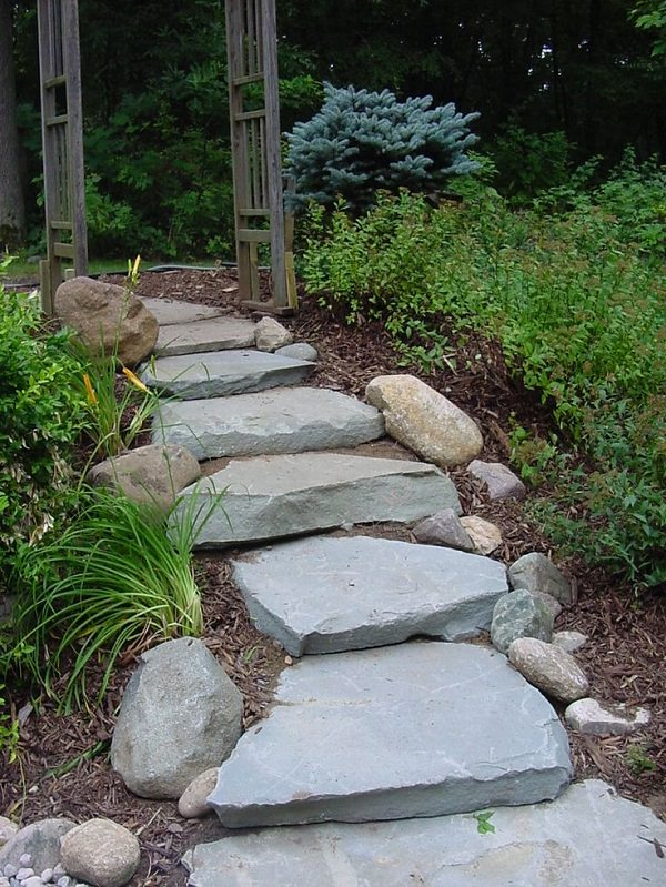 This Garden Pathway Is Little Complicated To Make But Perfect For Sloping  Lawns And Gardens As It Uses Natural Stone As Steps In A Staircase Path.