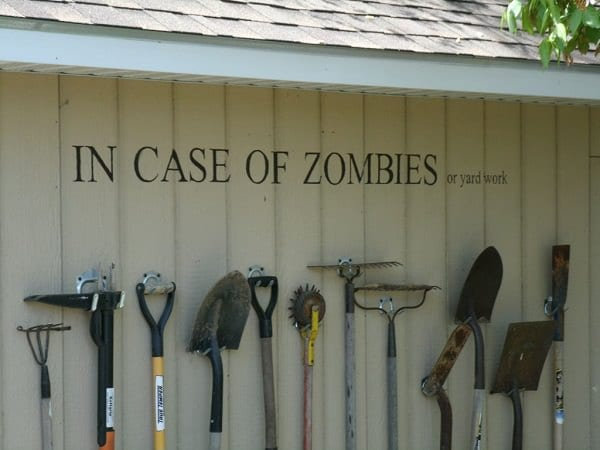 Delicieux As Frightening As It Sounds, A Zombie Wall Is A Creative DIY Garden Tools  Storage Method