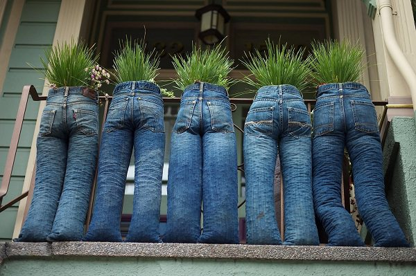 13 Diy Jeans Uses In The Garden Balcony Garden Web