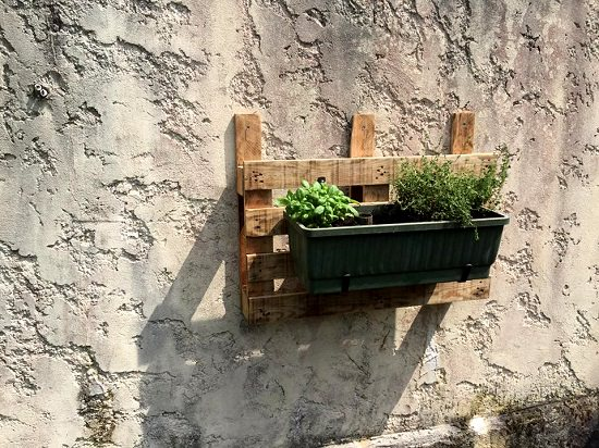Create A Dynamic Outdoor Or Indoor Pallet Pot Holder, A Practical Idea For  The Balcony Gardeners As Well. You Can Hang A Window Box Or A Hanging  Basket Or ...