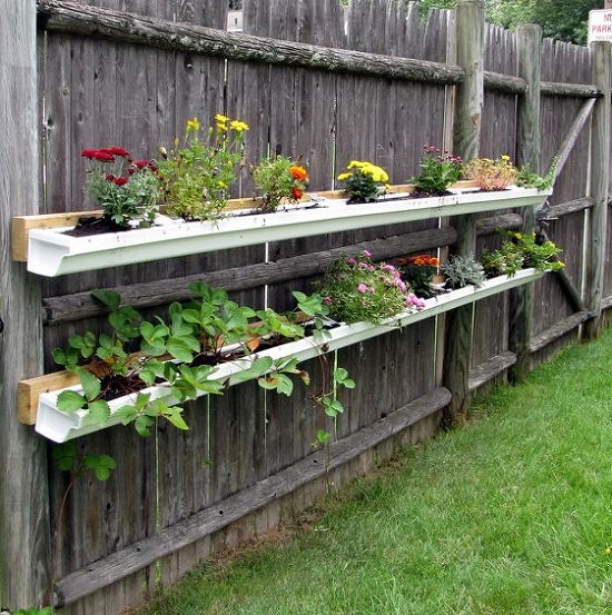 13 vertical diy rain gutter garden ideas for small spaces balcony diy gutter garden solutioingenieria Gallery