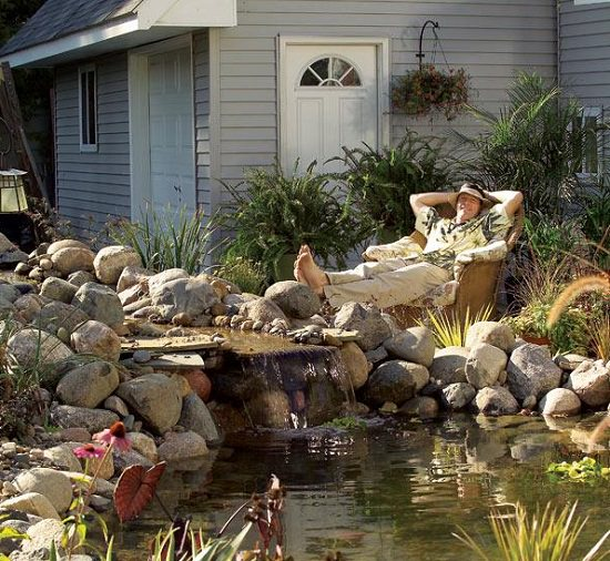 21 diy water pond ideas diy water gardens for backyards for Garden pond design