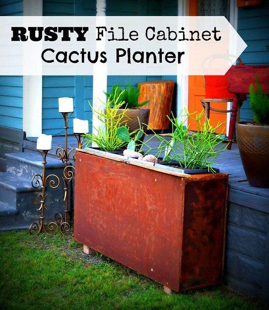 15 Stunning Container Vegetable Garden Design Ideas Tips: 15 Appealing Rust Patina Planter Ideas