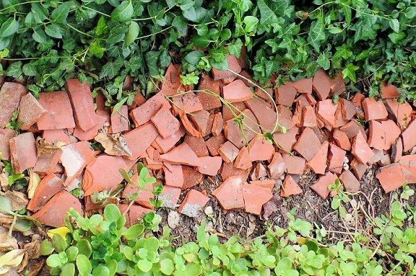 Incredible Broken Pot Ideas: Recycle your Garden