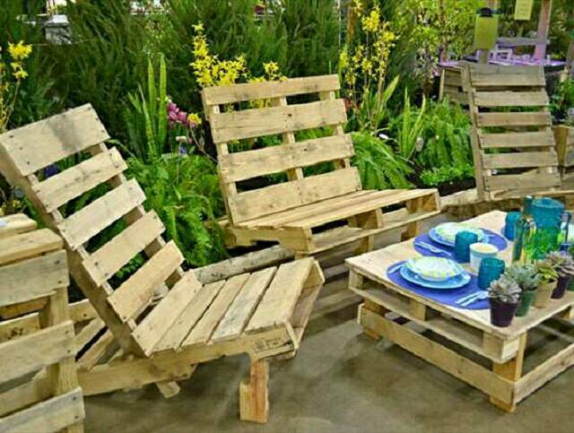 Light And Handy Pallet Furniture Are Easy To Move Their Woody Appearance Smell Blends Them Into The Surroundings Of A Garden Plus They Cool For