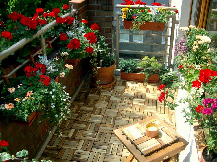 Create A Garden On The Balcony