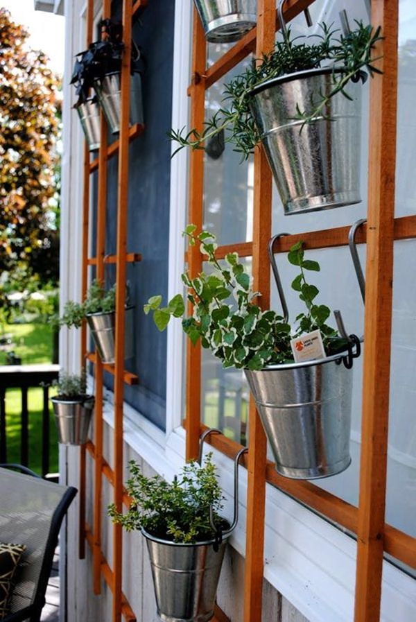 16 Genius Vertical Gardening Ideas For Small Gardens ...