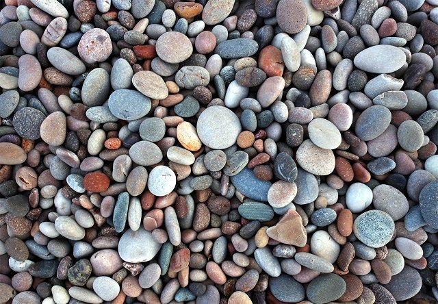 Garden Pebble Uses (4)