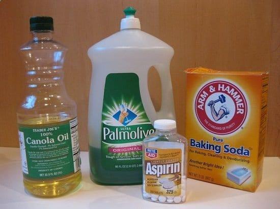 easy to make Homemade Liquid Fertilizer
