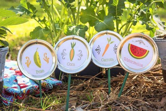DIY Garden Stake Ideas 5