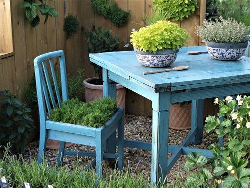 Furniture Garden Ideas 2